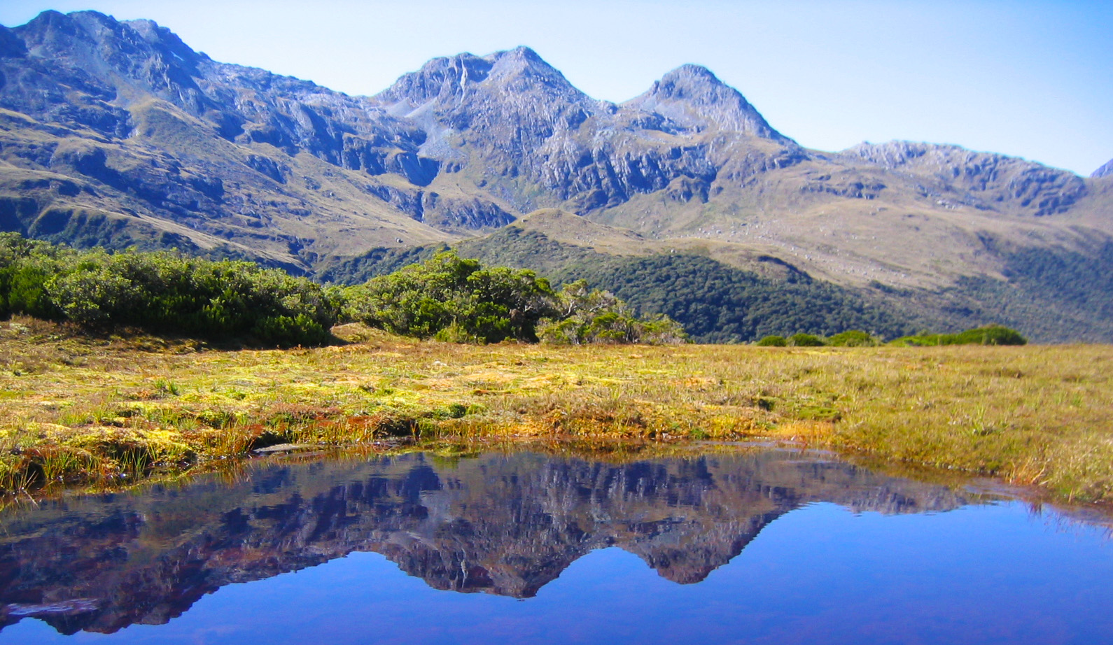 Routeburn Track : A world's top hike