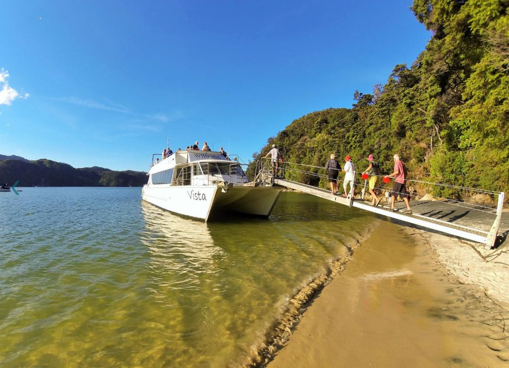 Vista Bella Cruise Abel Tasman National Park