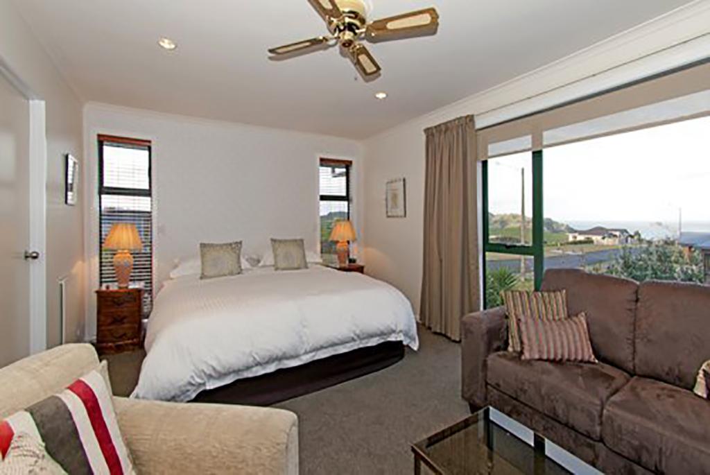 Mercury Bay Suite