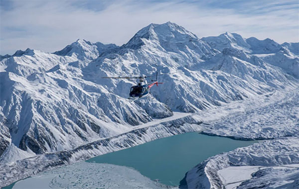 Scenic flight above Mt Cook