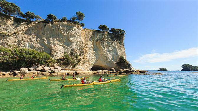 Cathedral Cove Kayaking Coromandel