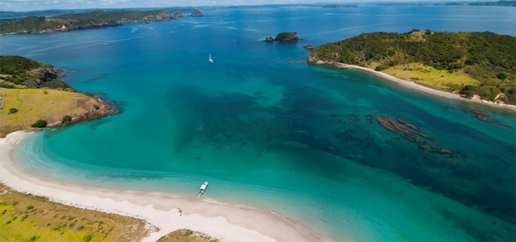 12 Day Luxury Honeymoon North Island